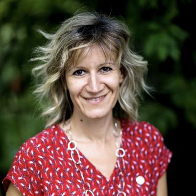 Véronique Van de Bor