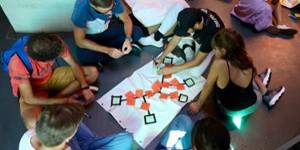 Etudiants en atelier de co-creation